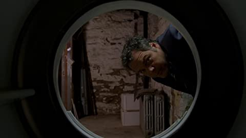 La ley y el orden: Intento Criminal 6×06 – Mascarada