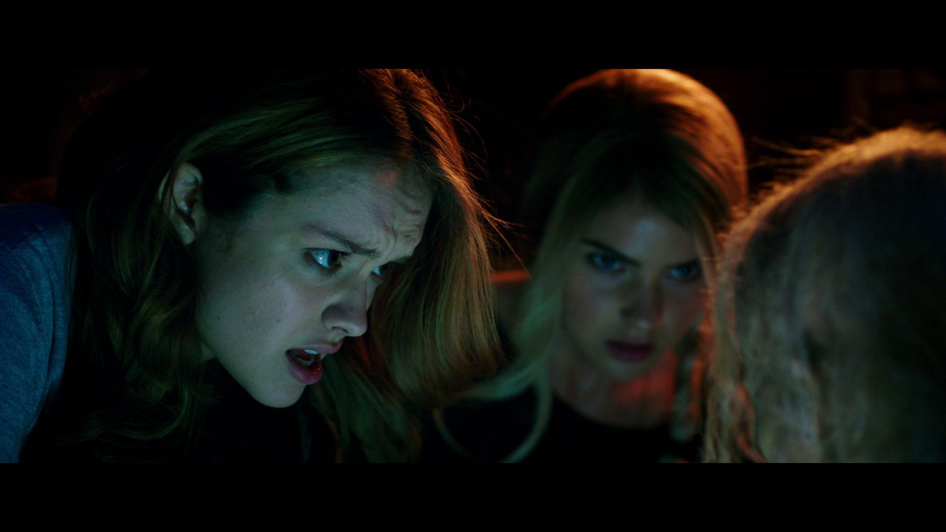 Шкатулка проклятия смотреть онлайн в хорошем качестве, Шкатулка проклятия фильм смотреть онлайн 26 фотография
