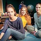 Barbara Prakopenka, Laura Berlin, and Sophia Münster in Alles Liebe, Annette (2016)