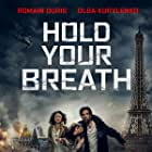 Romain Duris, Olga Kurylenko, and Fantine Harduin in Dans la brume (2018)