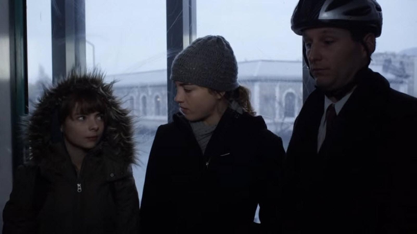 Adèle Haenel, Paolina Biguine, and Raphael Baunaquis in Déchaînées (2009)