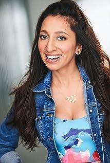 Angela Malhotra Picture