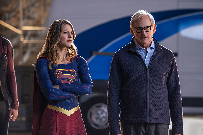 Victor Garber and Melissa Benoist in Legends of Tomorrow (2016)