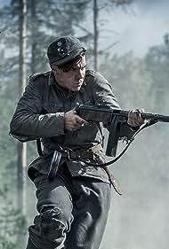 Eemeli Louhimies in Tuntematon sotilas (2018)