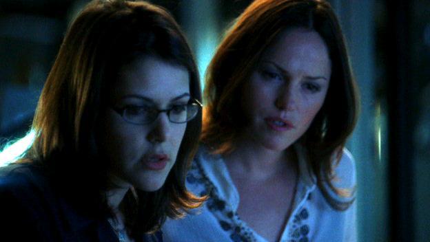 Sheeri Rappaport and Jorja Fox in CSI: Crime Scene Investigation (2000)