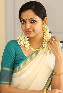 Samvrutha Sunil Picture