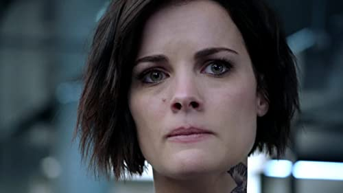 Blindspot: Avery's Call for Help