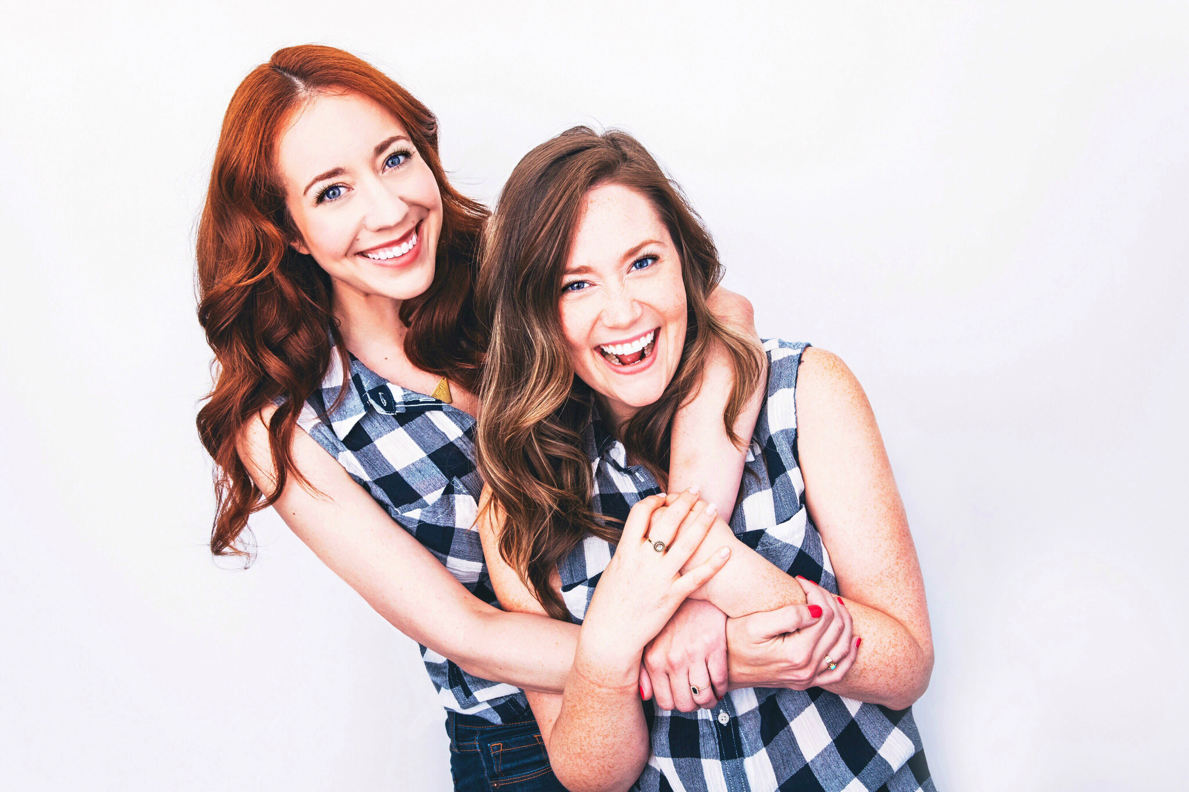 Caileigh Scott (L) and Jacklyn Collier (R) of Girlcrush Comedy.