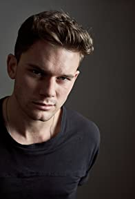 Primary photo for Jeremy Irvine