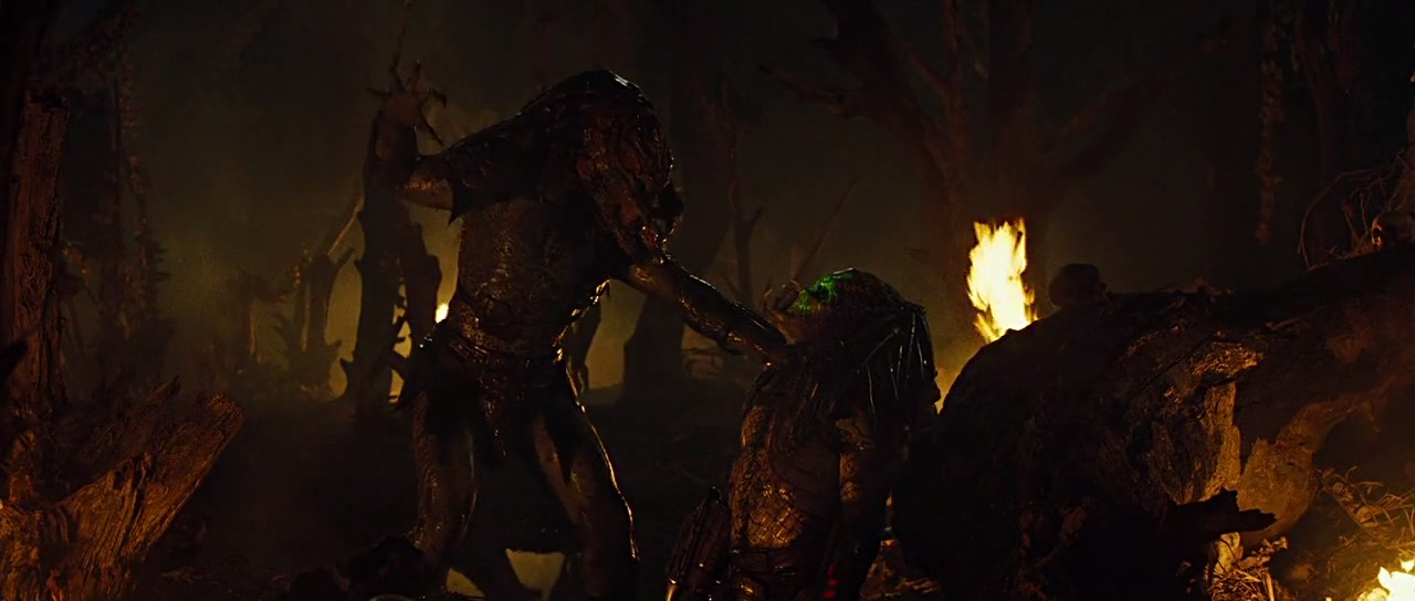 Derek Mears and Brian Steele in Predators (2010)