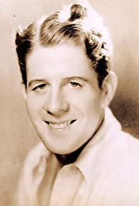Primary photo for Rudy Vallee