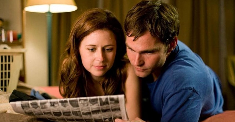 Seann William Scott and Jenna Fischer in The Promotion (2008)