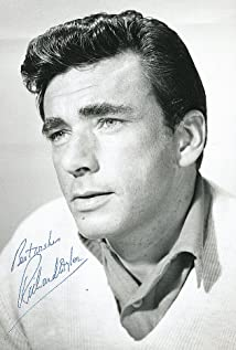 Richard Wyler Picture