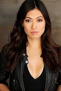 Catherine Haena Kim Picture