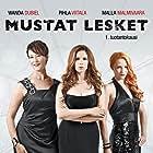 Wanda Dubiel, Pihla Viitala, and Malla Malmivaara in Mustat lesket (2014)