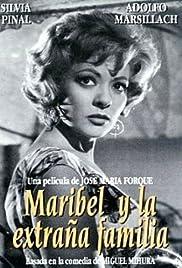 Maribel y la extraña familia Poster