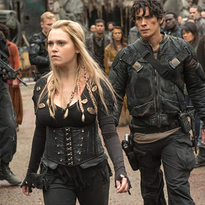 Eliza Taylor and Bob Morley in The 100 (2014)