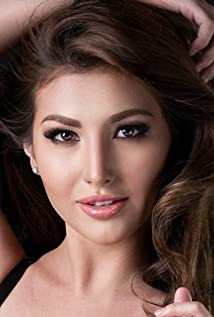 Nathalie Hart Picture