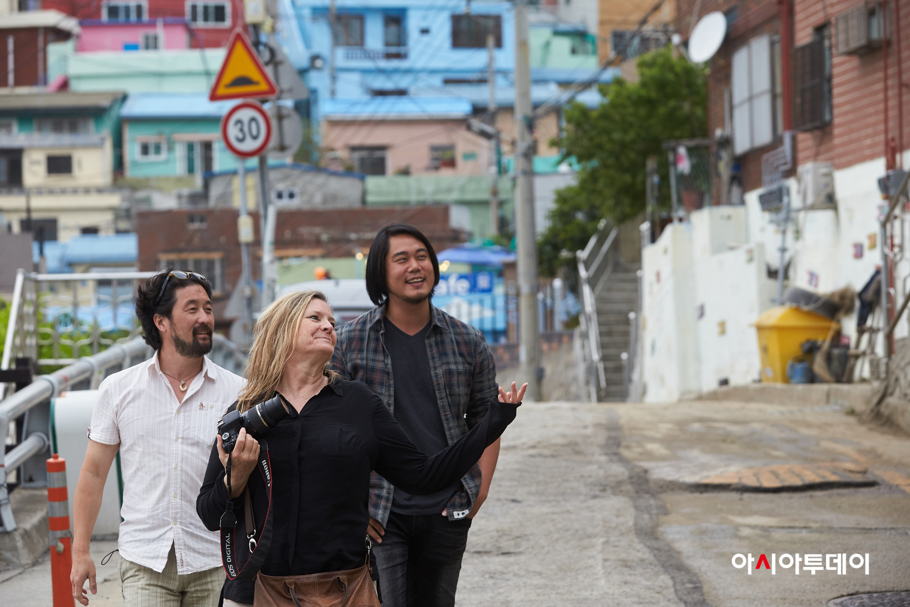 Hollywood location managers Kent Matsuoka and Becky Brake join Korean location manager Seon Kwon Hwang to scout the Gamcheon Culture Village in Busan - June 2017