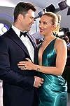 Scarlett Johansson & Colin Jost Married In A Secret Ceremony