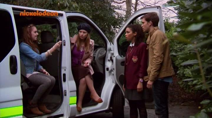 Bryony Afferson, Burkely Duffield, Louisa Connolly-Burnham, and Alexandra Shipp in House of Anubis (2011)