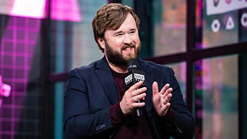 BUILD: Haley Joel Osment is Glad to Part of the Comedy World