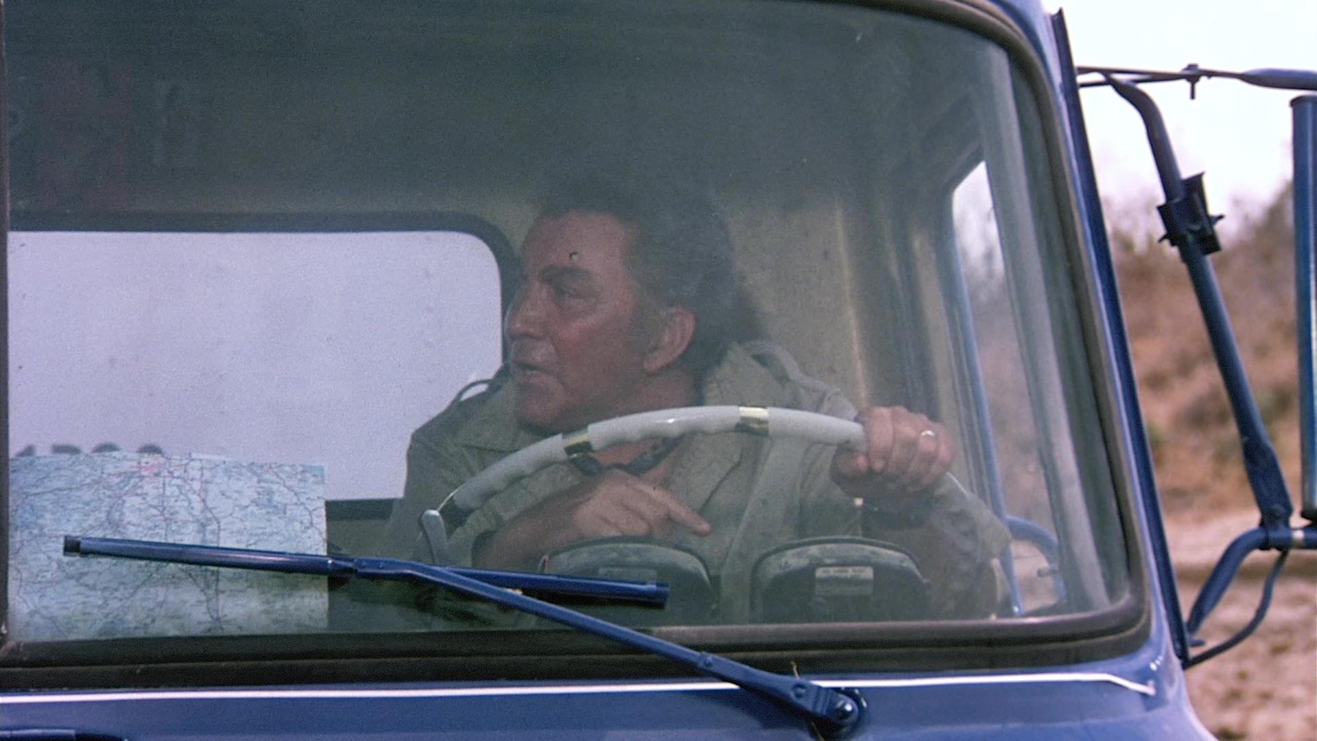 Cameron Mitchell in Mission Kill (1985)