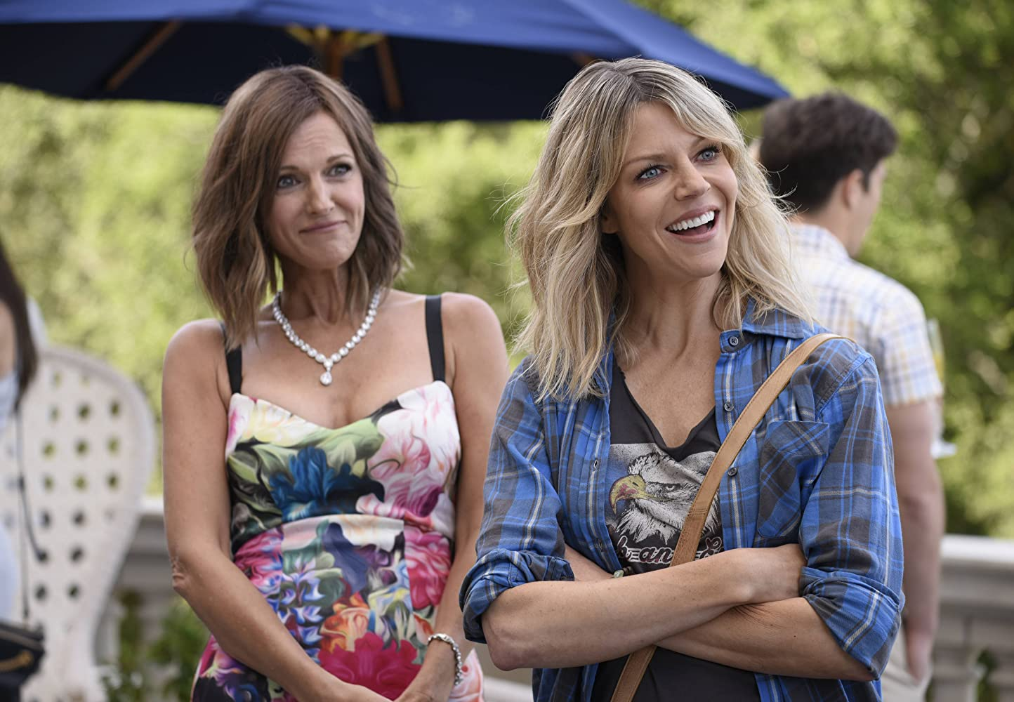 Tricia O'Kelley and Kaitlin Olson in The Mick (2017)