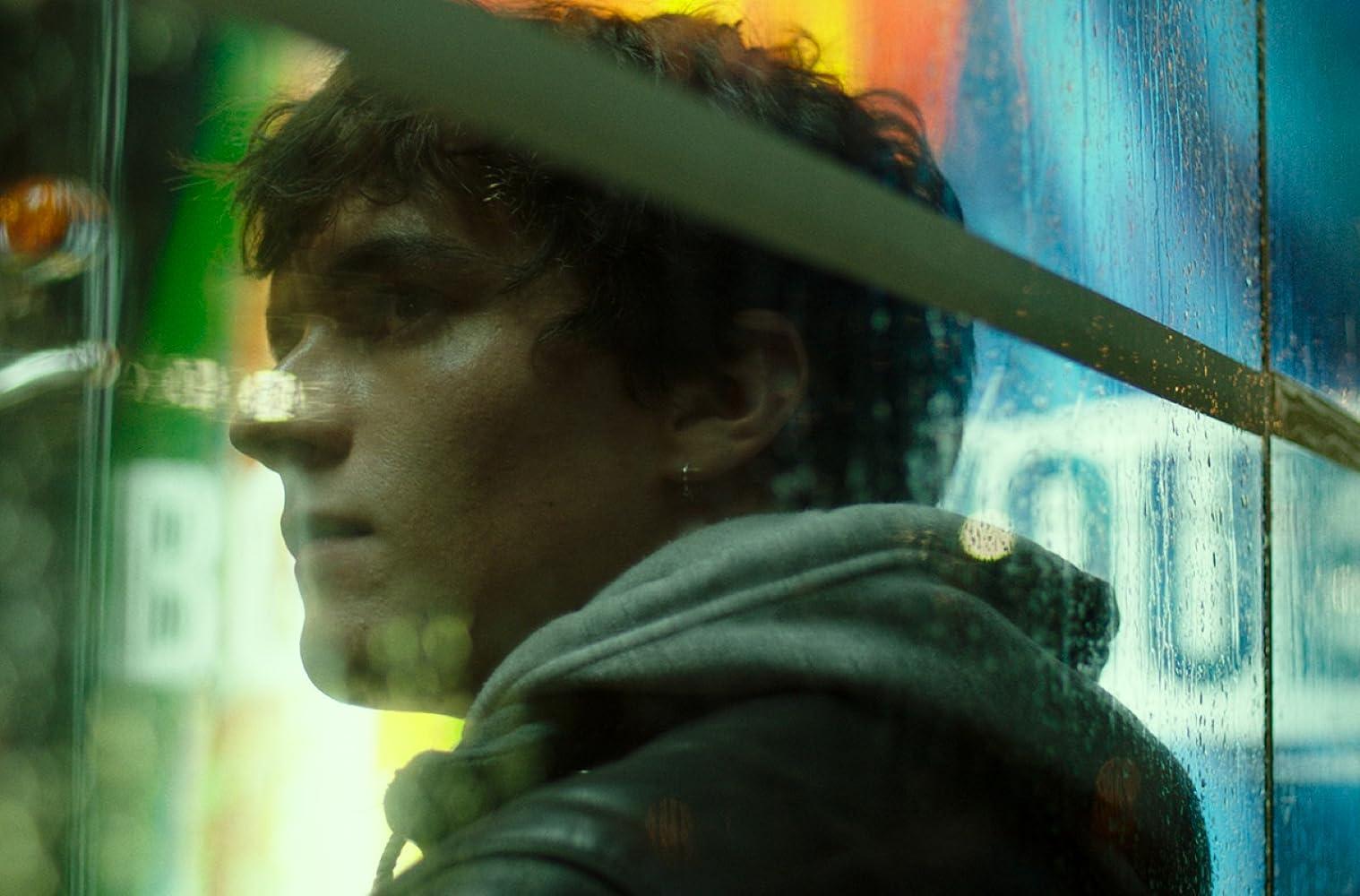 Roads (2019), film online subtitrat în Română