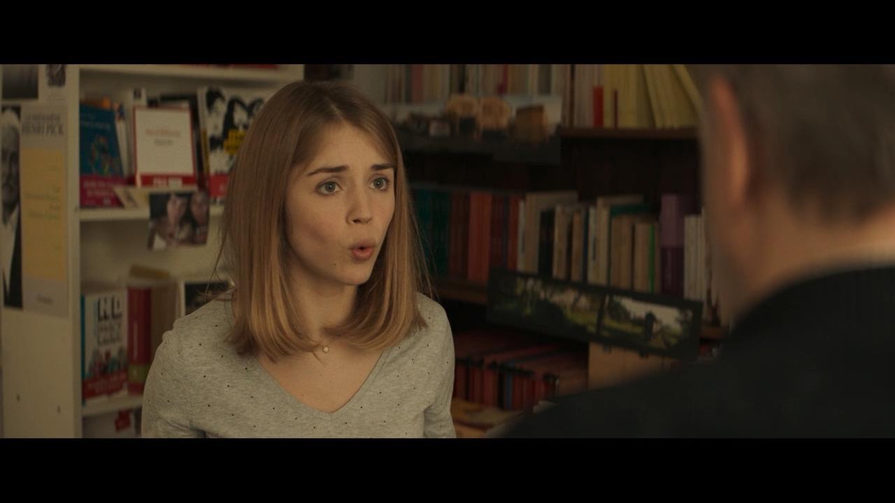 Alice Isaaz in Le mystère Henri Pick (2019)