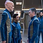 Doug Jones, Anson Mount, Sonequa Martin-Green, and Shazad Latif in Star Trek: Discovery (2017)
