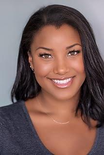 Sasha Fox Picture