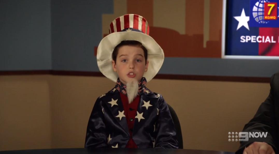 Joven Sheldon 2×16 – Una barra de pan y una gran bandera antigua