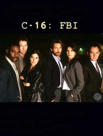 Eric Roberts, D.B. Sweeney, Morris Chestnut, Angie Harmon, Zach Grenier, and Christine Tucci in C-16: FBI (1997)