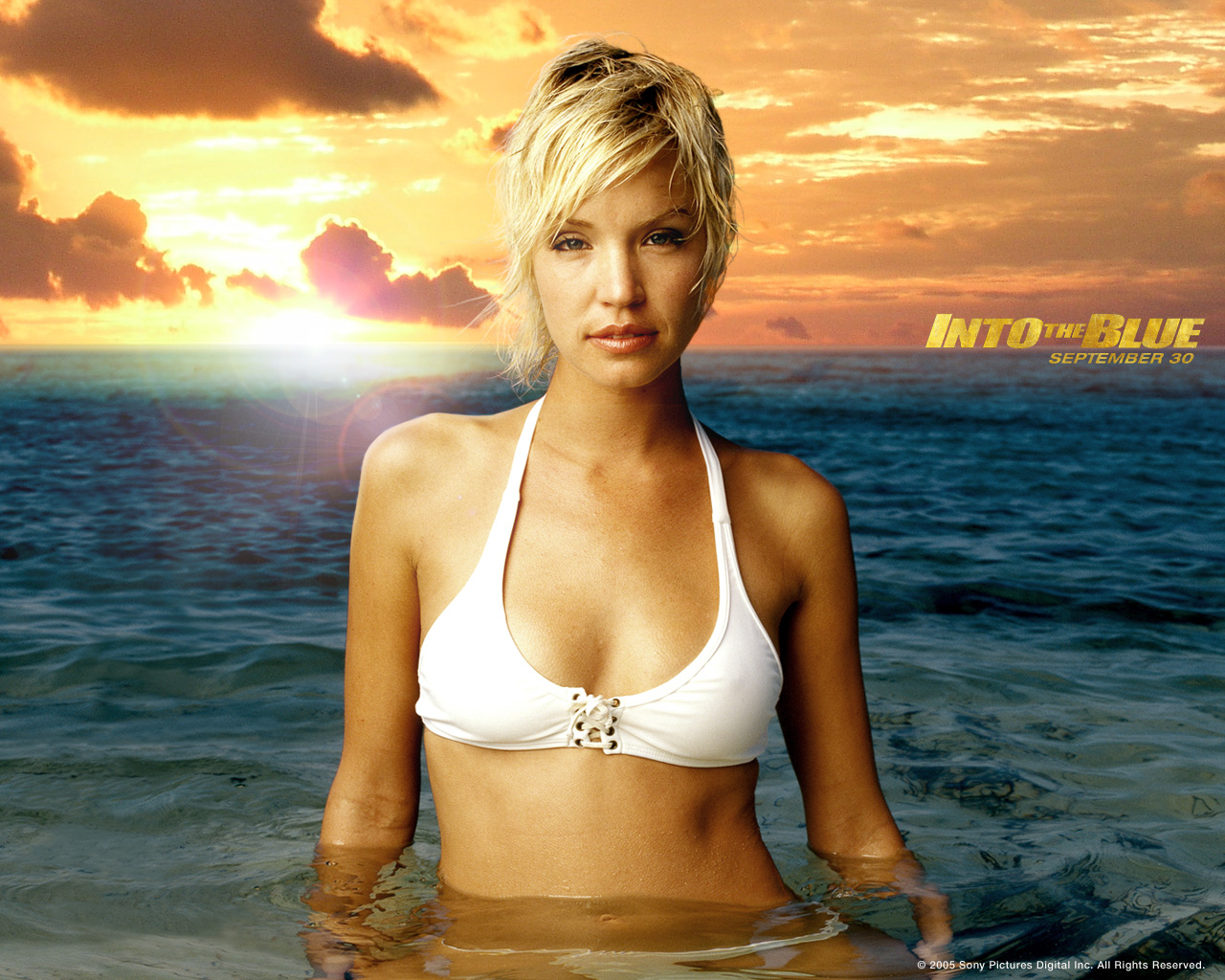 Ashley Scott in Into the Blue (2005)