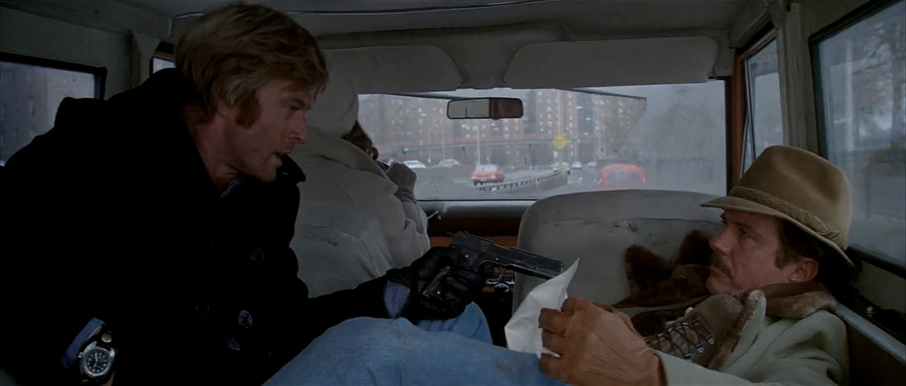 Robert Redford, Faye Dunaway, and Cliff Robertson in Three Days of the Condor (1975)