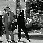 Mimis Fotopoulos, Giorgos Konstadinou, and Giorgos Rois in Trelloi polyteleias (1963)