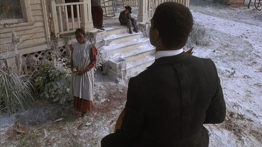 Danny Glover and Desreta Jackson in The Color Purple (1985)