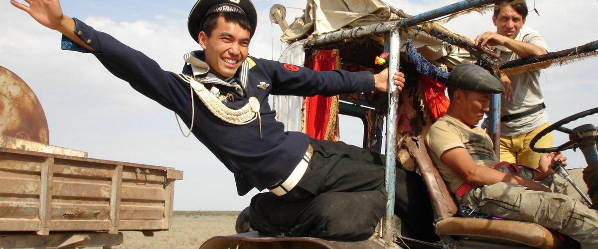 Askhat Kuchencherekov in Tulpan (2008)