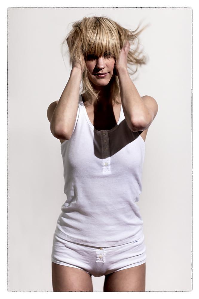 X art blonde teen
