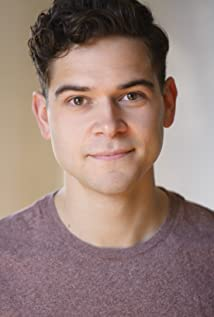 Daniel Maslany Picture