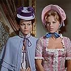 Ingrid Garbo and Mirta Miller in El gran amor del conde Drácula (1973)