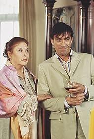 Ursula Karusseit and Claudio Maniscalco in Der zweite Frühling (2003)