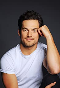 Primary photo for Giacomo Gianniotti