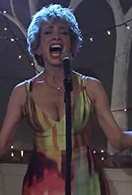 Amanda Gari in Old Dogs & New Tricks (2011)