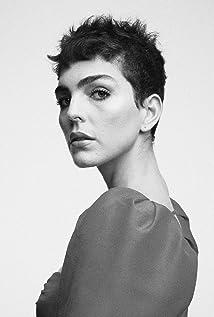 Julia Konrad Picture