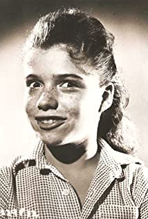 Ellen Barrie Picture
