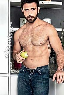 Carlos Ferro Picture