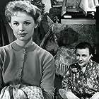 Sigrid Horne-Rasmussen and Ghita Nørby in Det lille hotel (1958)