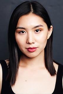 Yeena Sung Picture
